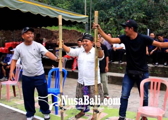 Nusabali.com - sosialisasi-pilgub-kpu-buleleng-gelar-lomba-tajog