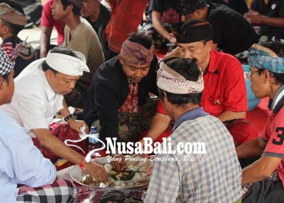 Nusabali.com - wakil-ketua-dpd-golkar-ii-karangasem-membelot-ke-kbs-ace