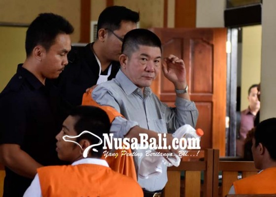 Nusabali.com - dituntut-hukuman-seumur-hidup-willy-akasaka-menangis