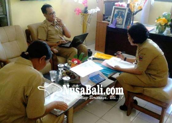 Nusabali.com - pengawas-smp-nilai-kinerja-kepala-sekolah