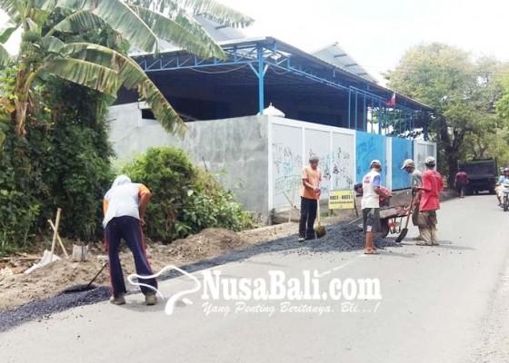 Nusabali.com - jalan-rusak-di-pakisan-tambakan-tuntas-tahun-ini