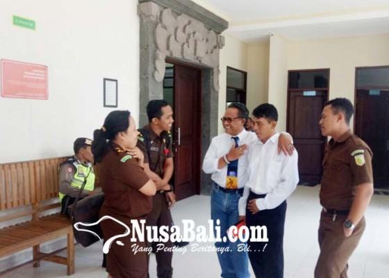 Nusabali.com - mantan-ppl-distan-gianyar-dituntut-35-tahun