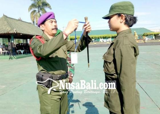 Nusabali.com - mahasiswa-dari-11-perguruan-tinggi-digembleng-pendidikan-semi-militer