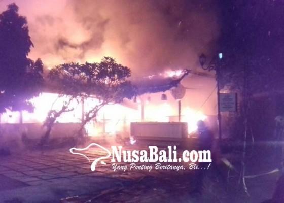 Nusabali.com - diduga-korsleting-restoran-ludes-dilalap-api