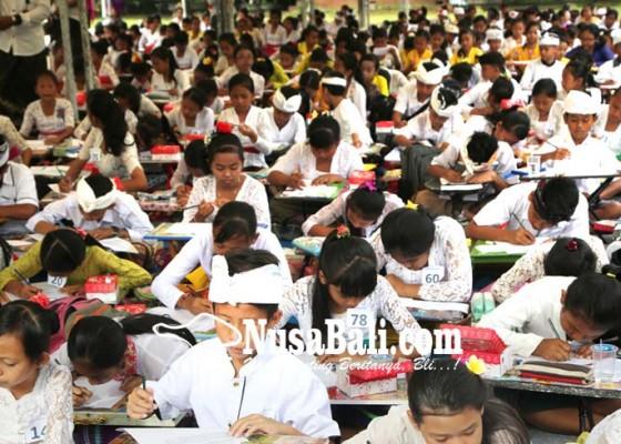 Nusabali.com - ratusan-siswa-sd-ikuti-festival-bahasa-bali
