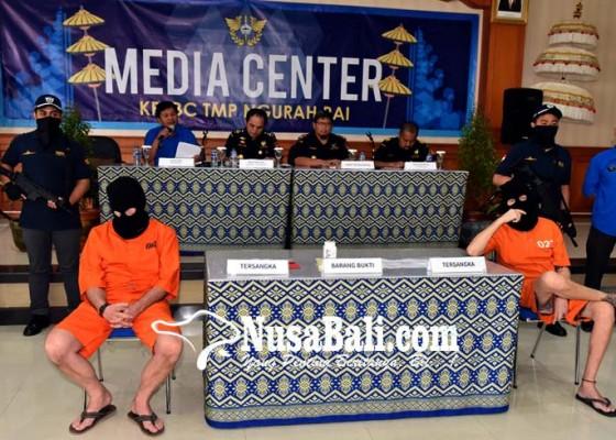 Nusabali.com - bawa-narkoba-dua-wna-diciduk-bea-cukai