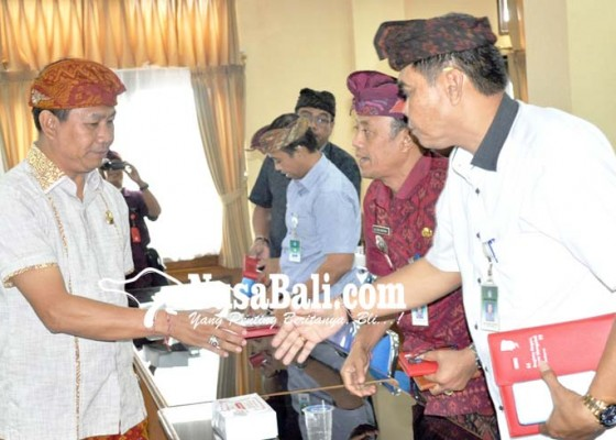Nusabali.com - pemkab-kumpulkan-lurah-se-badung-bahas-perubahan-status-kelurahan-jadi-desa