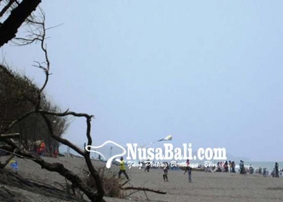 Nusabali.com - diawali-gerakan-bersih-pantai-di-klotok-dan-biaung