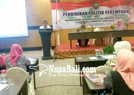 Nusabali.com - perempuan-masih-sulit-lolos-jepitan-politisi-pria