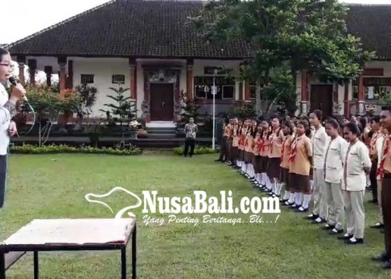 Nusabali.com - smkn-amlapura-terapkan-english-friday