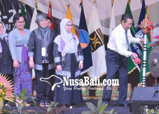 Nusabali.com - pastika-minta-perempuan-wujudkan-keadilan-sosial