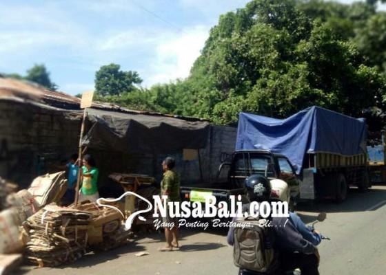 Nusabali.com - parkir-nginap-di-jalan-bakal-ditindak