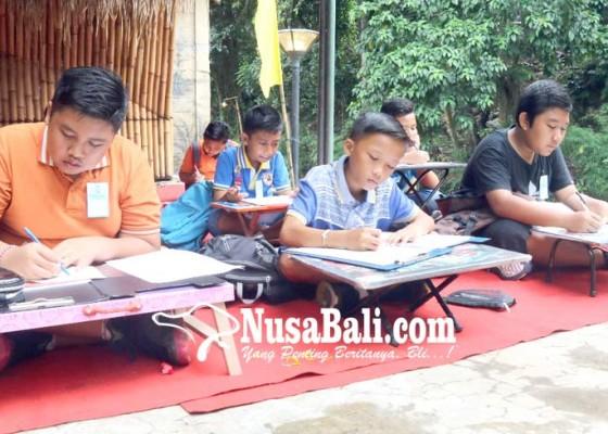 Nusabali.com - ratusan-siswa-sd-asah-otak-di-tukad-bindu