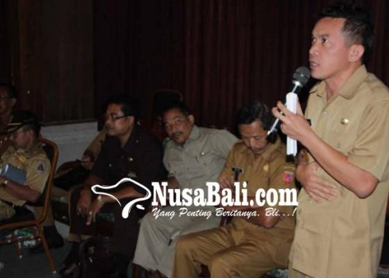 Nusabali.com - perbekel-bingung-salurkan-rastra