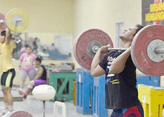 Nusabali.com - lifter-bali-punya-kans-tembus-olimpiade