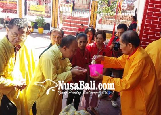 Nusabali.com - cap-go-meh-warga-tionghoa-lakukan-ciswak