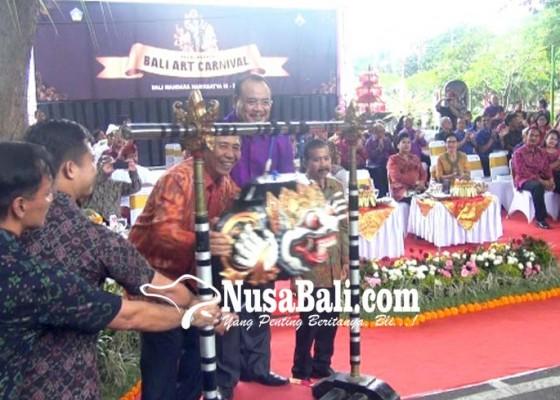 Nusabali.com - gubernur-pastika-berharap-bmn-bisa-diteruskan