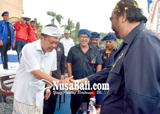 Nusabali.com - surya-paloh-konsolidasi-di-bali