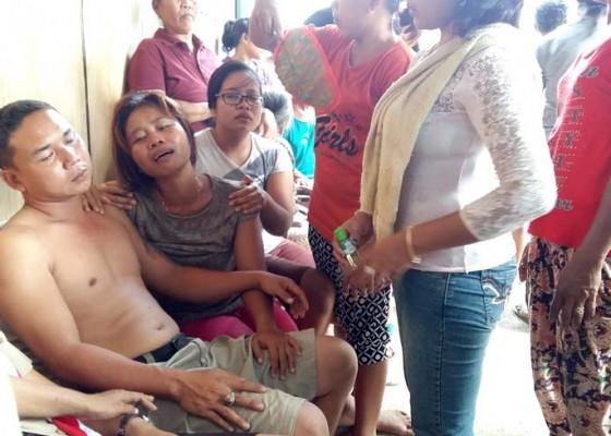 Nusabali.com - bocah-dua-tahun-tewas-hanyut-di-parit