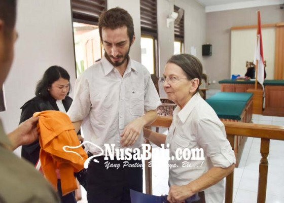 Nusabali.com - bule-amrik-penyelundup-hasis-divonis-5-tahun