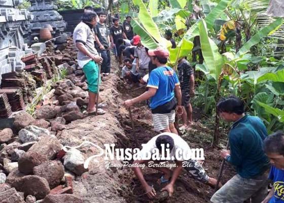 Nusabali.com - ngayah-bongkar-tembok-pura