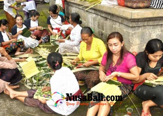 Nusabali.com - ngayah-sebagai-wujud-implementasi-nilai-nilai-luhur-pancasila