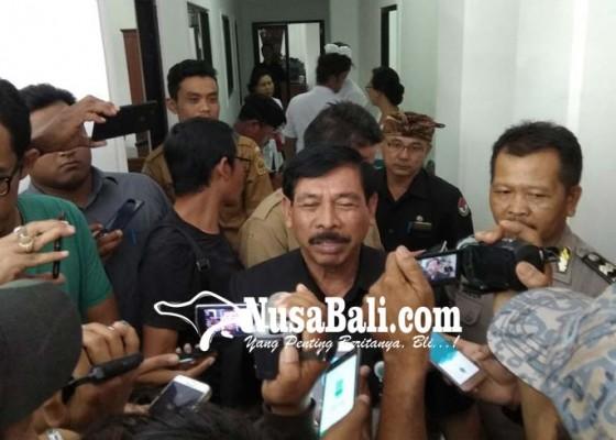 Nusabali.com - penjabat-bupati-diperiksa-2-jam