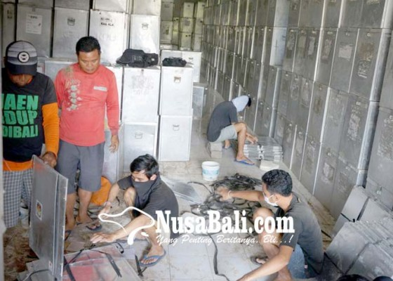 Nusabali.com - kpu-klungkung-mulai-siapkan-logistik-pilkada