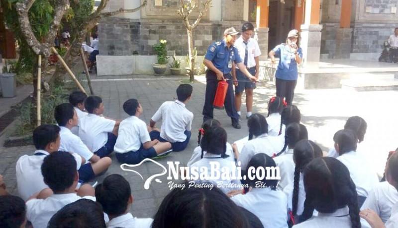www.nusabali.com-penyuluhan-pemadam-kebakaran-sasar-murid-paud-hingga-smp