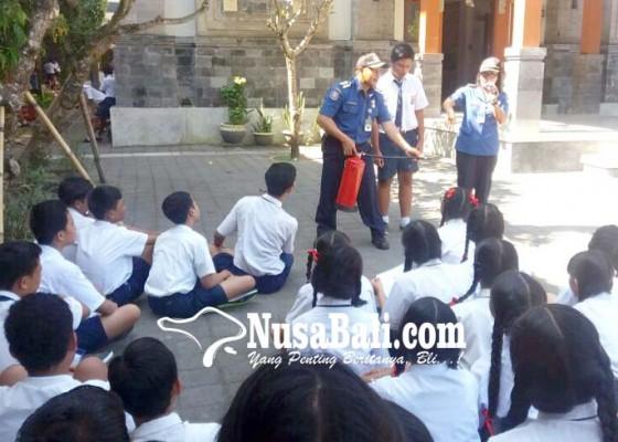 Nusabali.com - penyuluhan-pemadam-kebakaran-sasar-murid-paud-hingga-smp