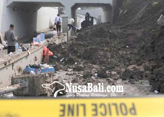 Nusabali.com - polisi-cium-adanya-indikasi-korupsi