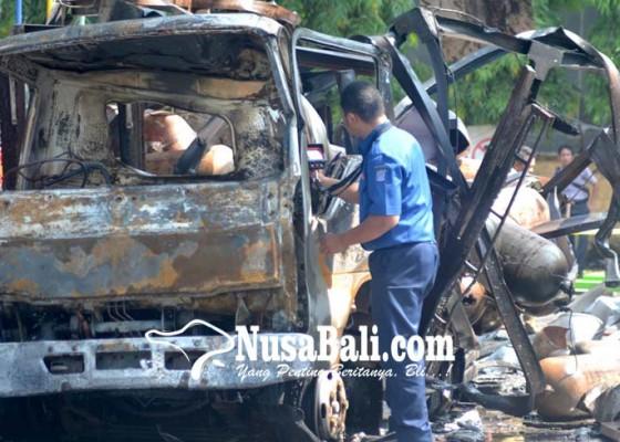 Nusabali.com - spbu-terbakar-1-tewas-4-luka