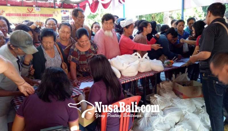 www.nusabali.com-pasar-murah-jelang-nyepi-sembako-diserbu-pembeli