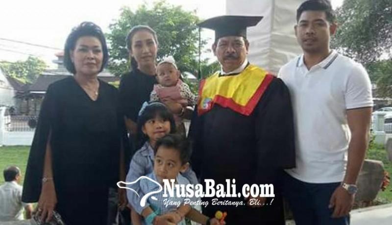 www.nusabali.com-rochineng-wisuda-doktor-ilmu-hukum