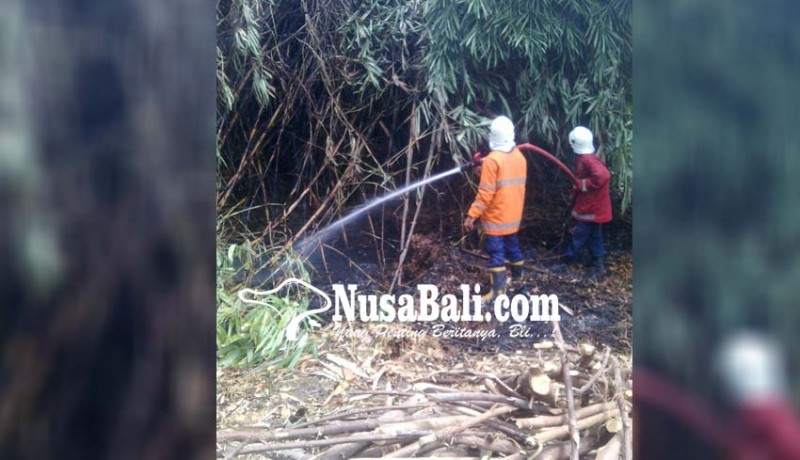 www.nusabali.com-rumah-memedi-terbakar