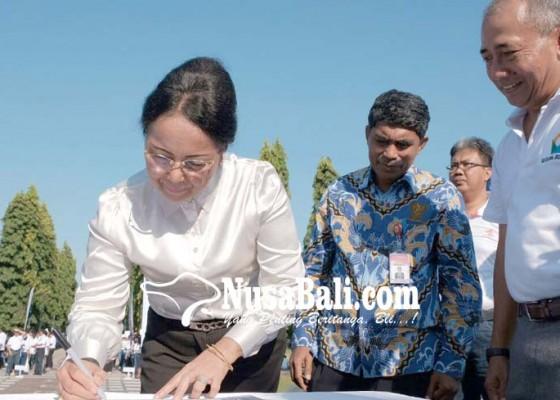 Nusabali.com - djp-bali-canangkan-zona-integritas