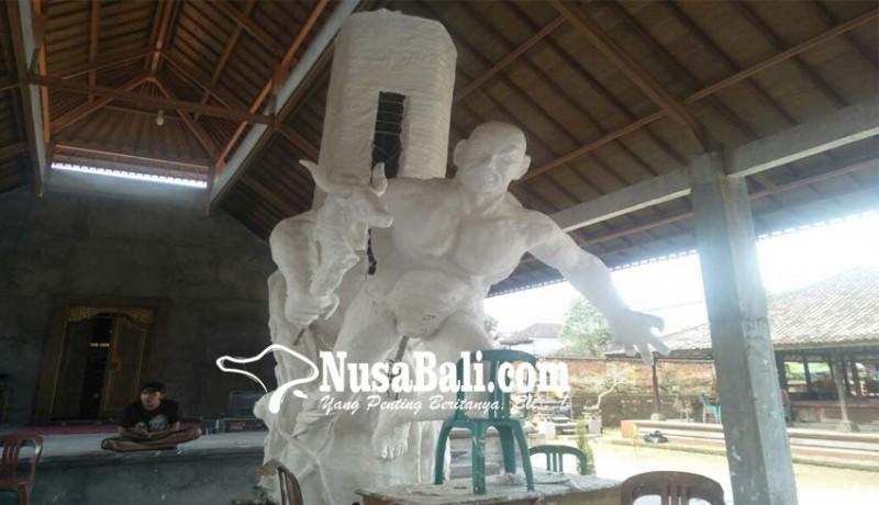 www.nusabali.com-st-yowana-murti-cakti-buat-kulkul-pajenengan