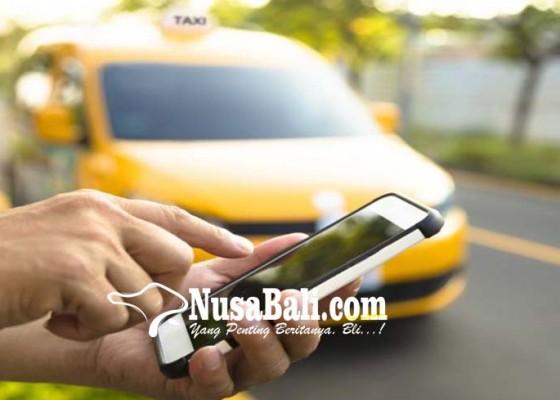 Nusabali.com - pendaftaran-pengemudi-taksi-online-dihentikan