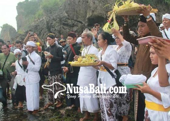 Nusabali.com - keberagaman-etnis-dan-tradisi-jadi-ciri-khas-umat-hindu-jogjakarta