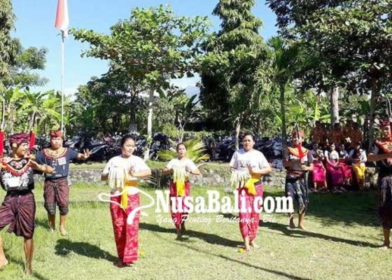 Nusabali.com - siswa-smk-antusias-praktik-seni-budaya