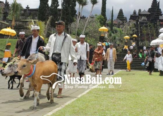 Nusabali.com - mapepada-wewalungan-dan-bumi-sudha-di-pura-besakih