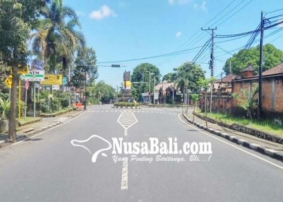 Nusabali.com - hening-nyepi-terusik-sirine-ambulans