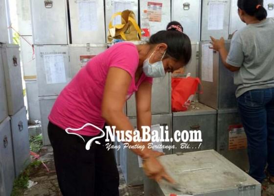 Nusabali.com - kpu-tabanan-bersihkan-kotak-suara-untuk-pilgub