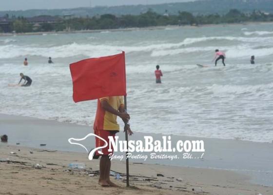 Nusabali.com - gelombang-tinggi-dan-angin-kencang-landa-bali-selatan