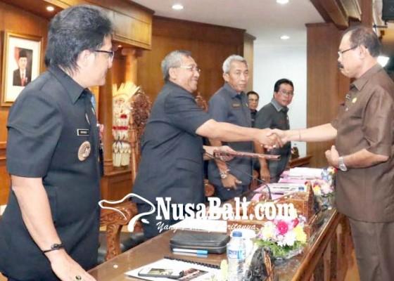 Nusabali.com - fraksi-demokrat-setujui-6-ranperda-usulan-pemerintah