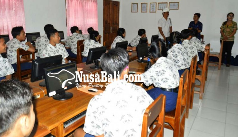 www.nusabali.com-simulasi-unbk-peserta-kerjakan-soal-sesuai-jam-ujian