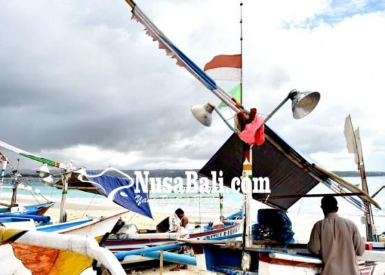Nusabali.com - antisipasi-gelombang-tinggi-pemerintah-imbau-nelayan-hati-hati-melaut