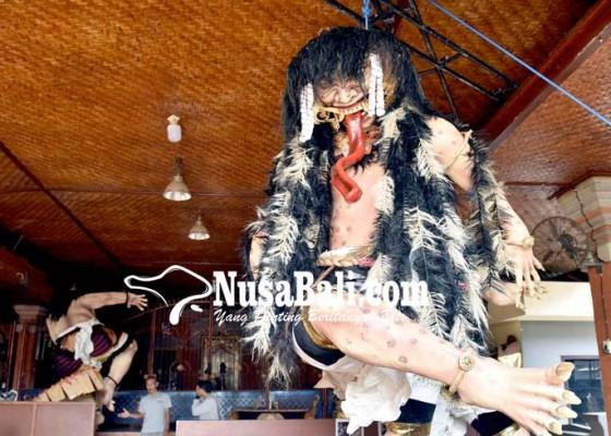 Nusabali.com - ogoh-ogoh-pragolan-banjar-peken-dibandrol-rp-10-juta