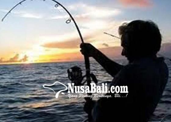 Nusabali.com - lomba-mancing-di-pantai-purnama