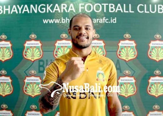 Nusabali.com - persebaya-rekrut-eks-striker-bhayangkara